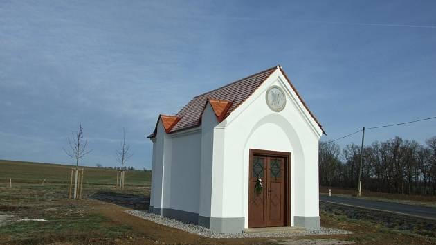 Zrekonstruovaná kaple Panny Marie Ustavičné u Horšovského Týna.