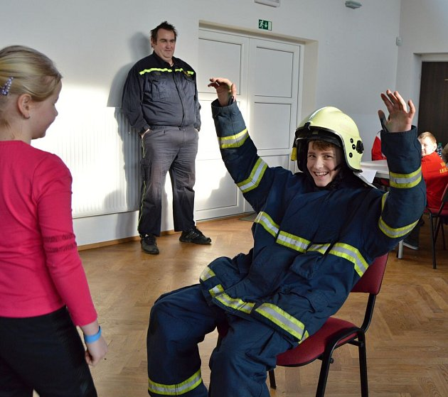 Soutěžní odpoledne mladých hasičů v Kolovči.
