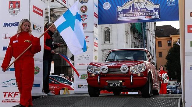 20. ročník Historic Vltava Rallye. Startují další posádky Finsko (č.30), Německo (č.19)