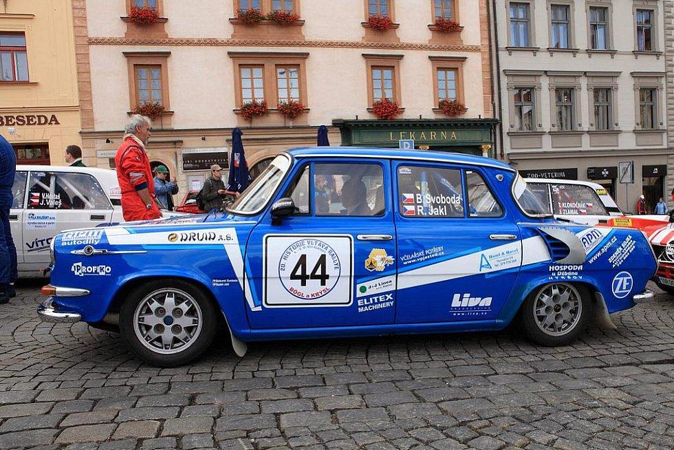 20. ročník Historic Vltava Rallye. Posádky ze Kdyně : č. 44 - B. Svoboda ml. a spolujezdec R. Jakl, č. 49 - B. Svoboda st. s I. Trojanem.