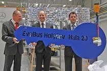 Otevření nové haly EvoBusu v Holýšově.