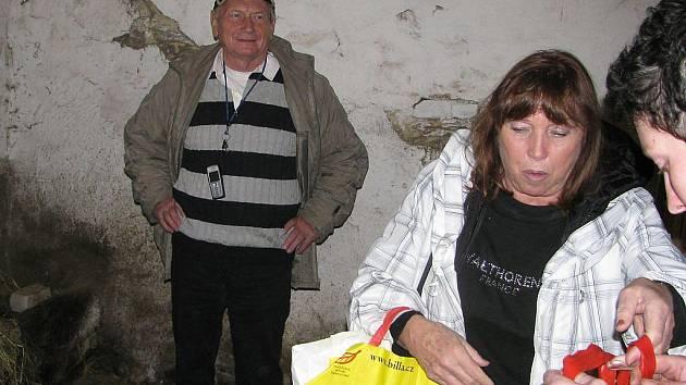 Josef Dvořák na návštěvě v mířkovském útulku.