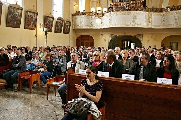 Lubomír Brabec a Daniel Hůlka vystoupili vklenečském kostele.