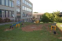 Areál ZŠ Msgre B. Staška. Ilustrační foto