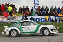 Snímek z minulého ročníku Historic Vltava Rallye.