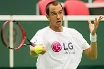 Lukáš Rosol na tréninku před Davis Cupem proti Austrálii.