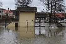 Radbuza ve Staňkově při jedné z povodní.