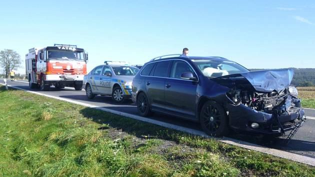 Dopravní nehoda mezi Holýšovem a Ohučovem.