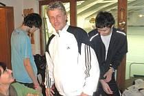 VLADIMÍR BERÁNEK se dotáhl na Šindeláře a Dvorského na čele celkového žebříčku Dotiko Tenis Tour.