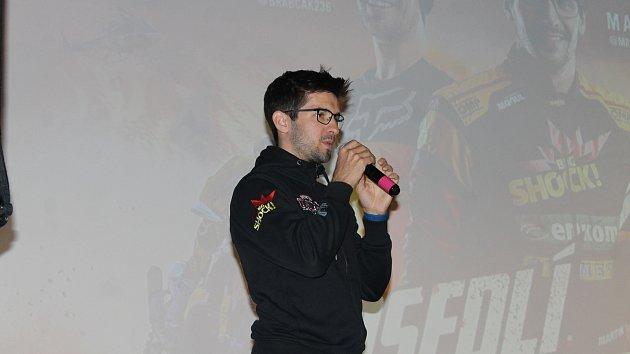 Martin Macík Jr. na besedě o Dakaru ve Kdyni.