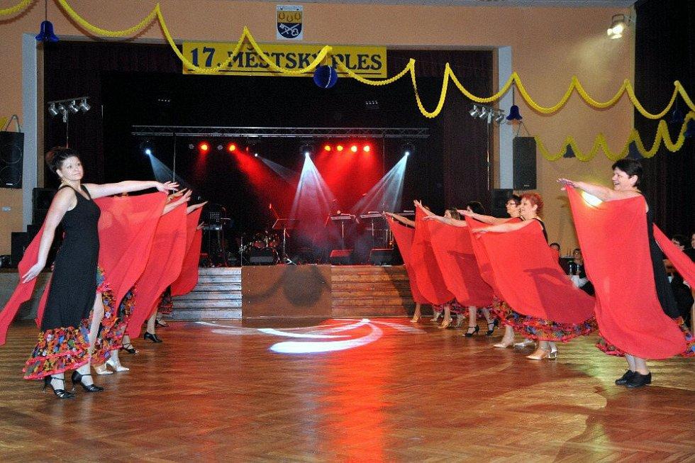 17. Městský ples v Holýšově.
