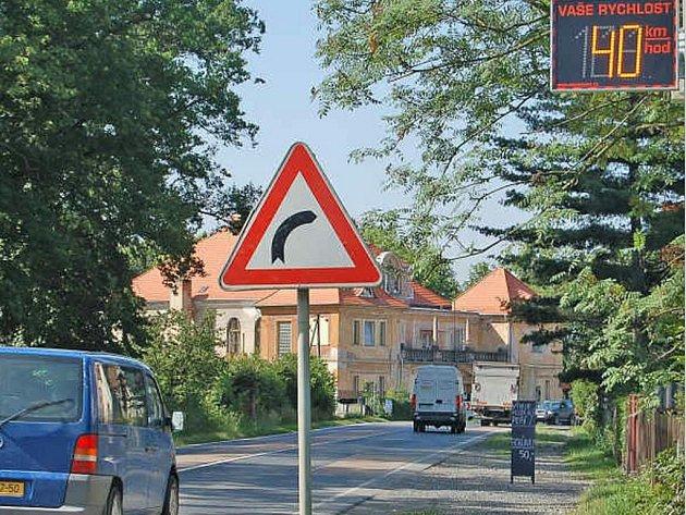 Jeden z měřičů rychlosti ve Staňkově