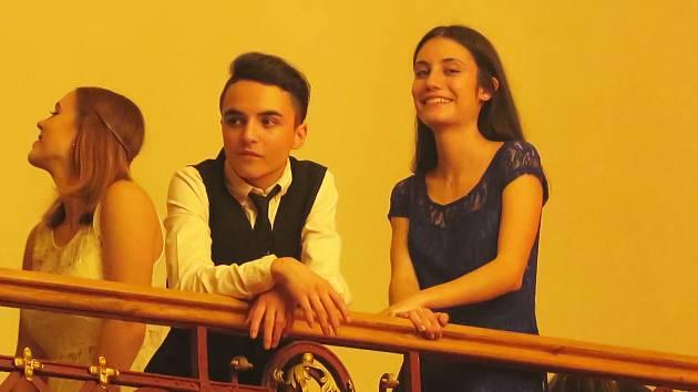 """Isabella a její český """"bratr"""" Janek."""