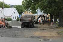 Parkování před Starou poštou - Domem přírody bude časově omezené.