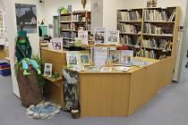 Výstava ku příležitosti 130. výročí od narození a 60. výročí od úmrtí Josefa Lady bude k vidění do 1. prosince v kdyňské Městské knihovně.