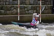 Čtrnáctiletá Eliška Hojdová předvedla vyrovnanou formu v obou dnech dvěma desátými příčkami.