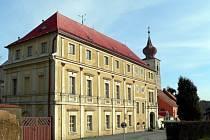Trhanovský zámek.