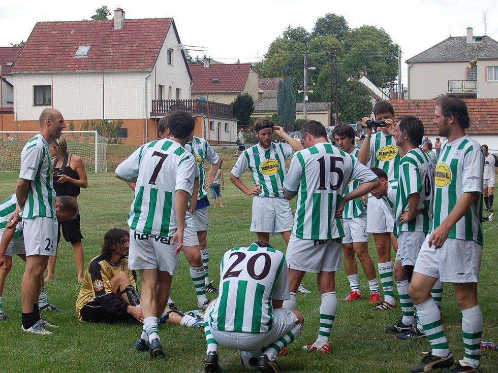 Tým hostů během poločasu. Foto: Miroslava Vlčková
