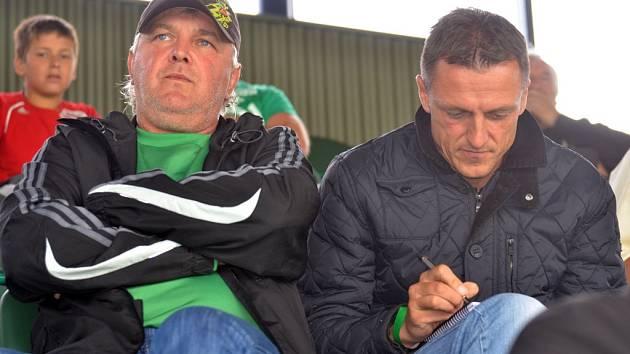 Výkon Jiskry v Chomutově bedlivě sledoval Luboš Kozel, trenér Dukly Praha, se kterou se Chodové utkají ve středu v poháru.