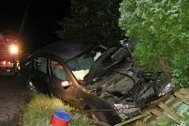 U Zahořan došlo k nehodě dvě hodiny po půlnoci z neděle na pondělí. Foto: Luboš Mleziva