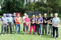 Účastníci střelecké soutěže v Koutě na Šumavě