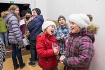 Společné zpívání koled ve Staňkově.