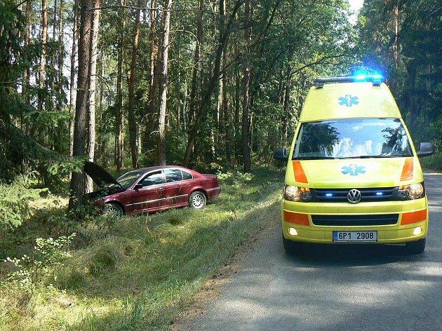 Z nehody mezi Staňkovem a Čečovicemi.