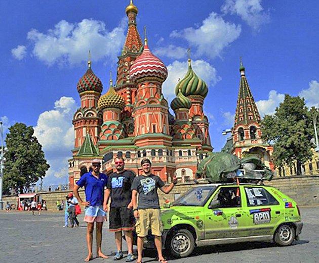 Expedice Feldou do Číny na moskevském Rudém náměstí.