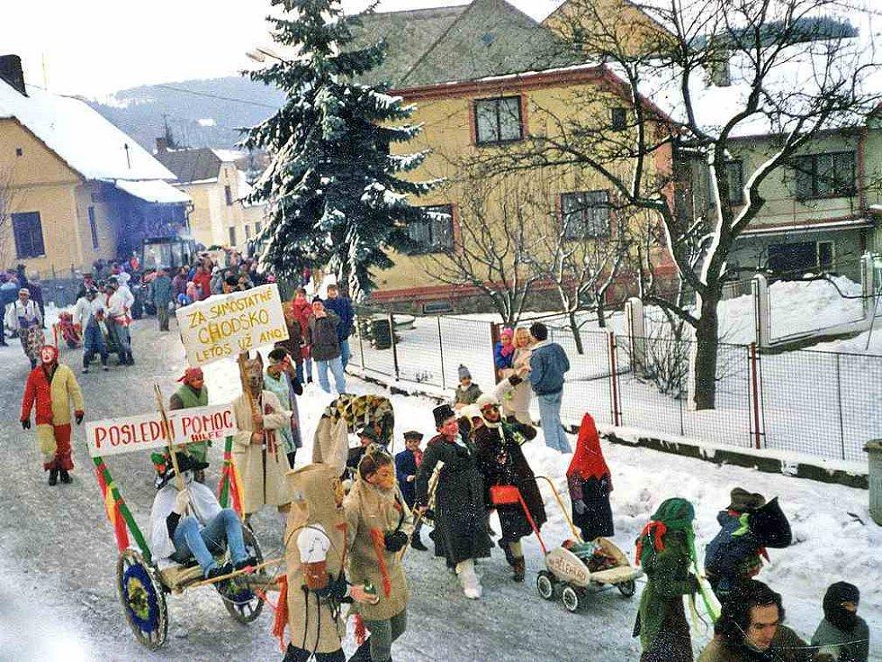Postřekov se proslavil také díky masopustu, který  tu trvá čtyři dni. Foto: archiv OÚ Postřekov