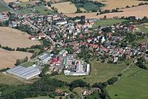 Letecký pohled na Klenčí pod Čerchovem.