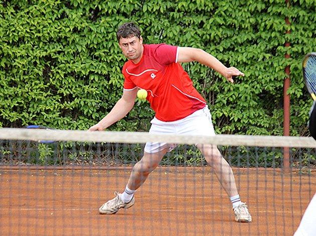 Amatérská soutěž družstev v tenisu - Davis Cup.