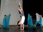 Fredy během vystoupení na taneční akademii.