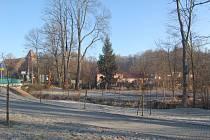 NOVÝ PARK postupně roste v Masarykově ulice nedaleko dvou světelných křižovatek.