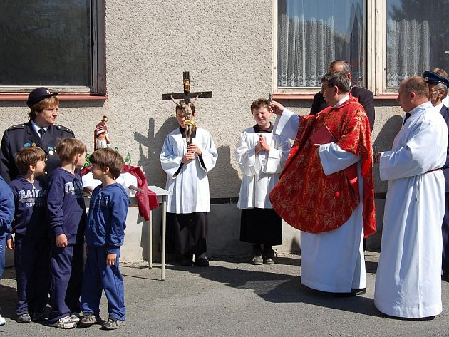 Slavnost k uctění svatého Floriána v Bělé nad Radbuzou.