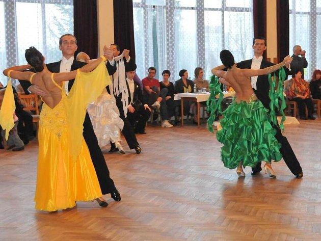 Tanečníci v akci. Foto: Miloslav Dolejš