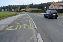 Silnice na začátku Krchleb.