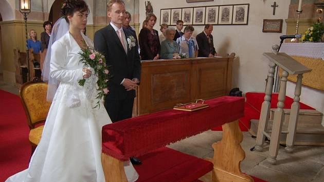 První svatba po 70 letech v kostele Všech Svatých v Horšově