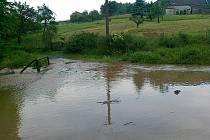 Velká voda v okolí Drahotína.