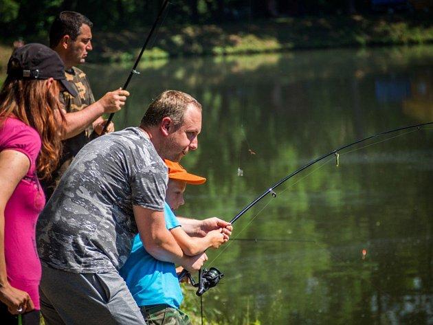 Akce se zúčastnilo 75 dospělých a 52 dětských rybářů.