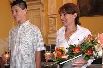 Na domažlické radnici skládali státoobčanský slib i matka a syn Hamorovi.