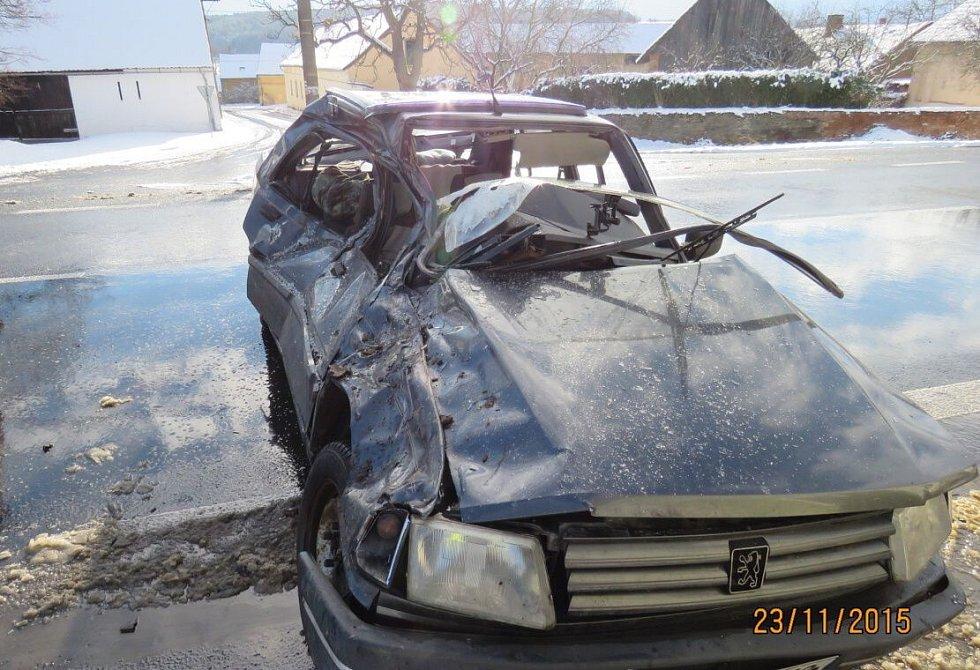 Nehoda v Semošicích.