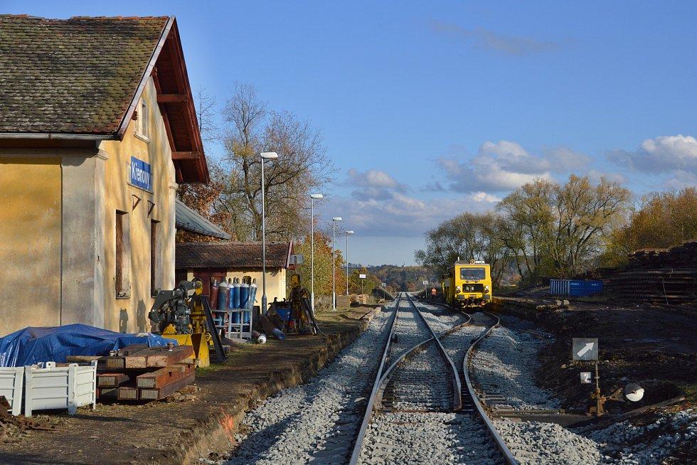 Rozestavěná stanice Křenovy.