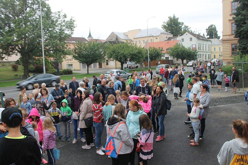 První školní den v ZŠ Komenského 17.
