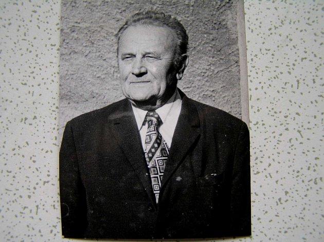 Antonín Veber - veřejný činovník.