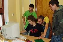Ve škole v Horšovském Týně už mají počítače v každé třídě.