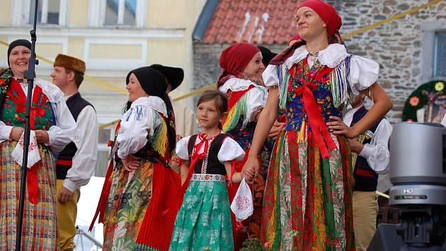 Kraj přispěje dotacemi mimo jiné na Chodské slavnosti nebo festival Hudba pod hradem.