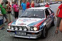 Replika závodního vozu Lancia Delta Integrale.