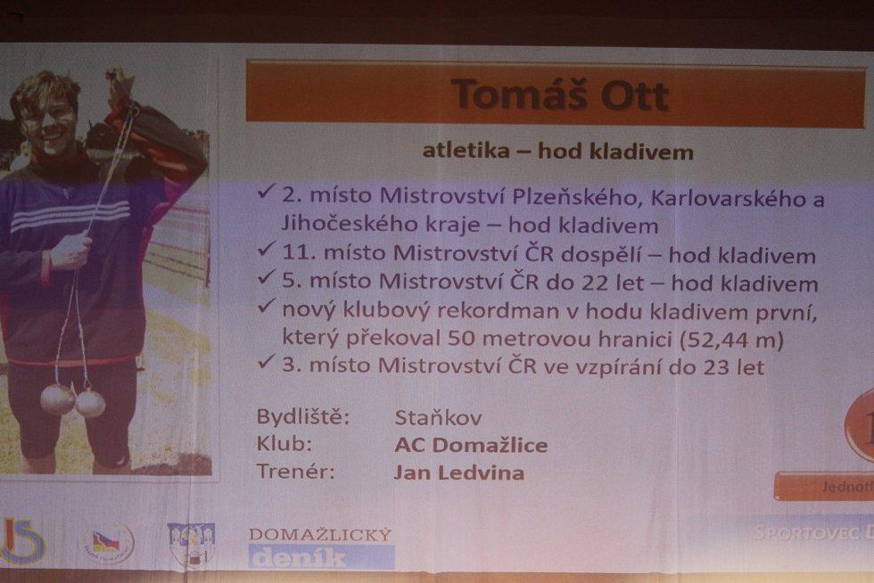 Dospělí - jednotlivci: desátý kladivář Tomáš Ott se nemohl vyhlášení zúčastnit osobně.