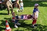 Z ´čundrcoutry´ - oslavy dne dětí v Újezdě.