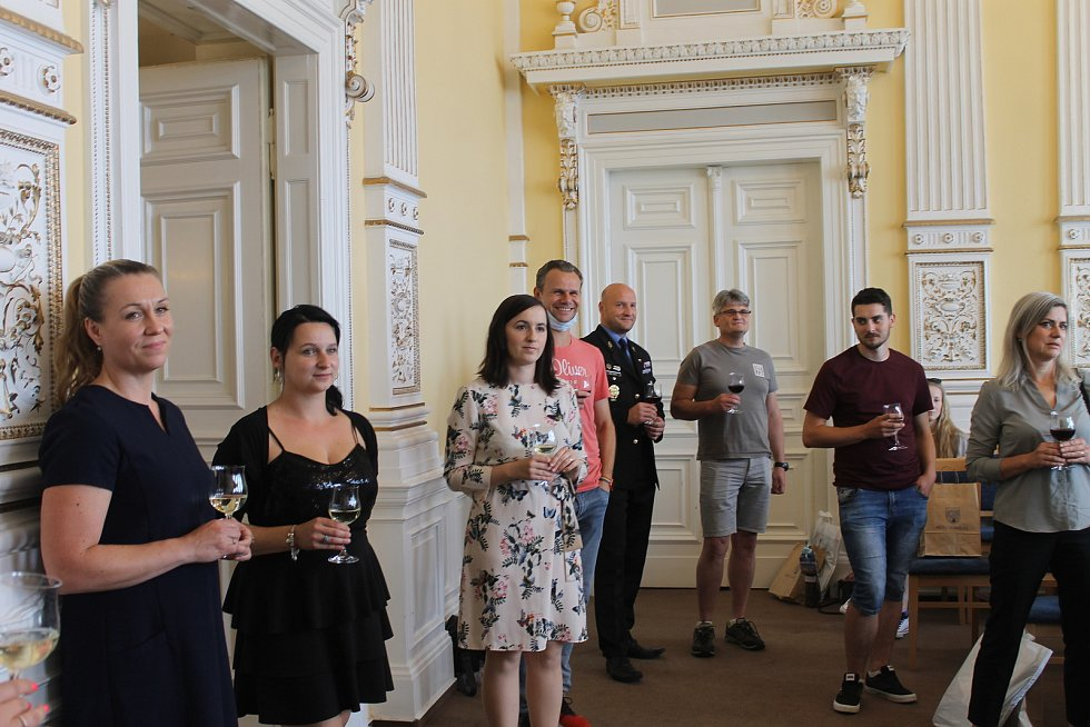 Ocenění dárců krve v Domažlicích.